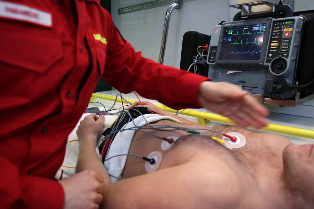 Advanced Cardiac Life Support (ACLS) Course